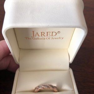 14 kt. Rose Gold and Diamond Band